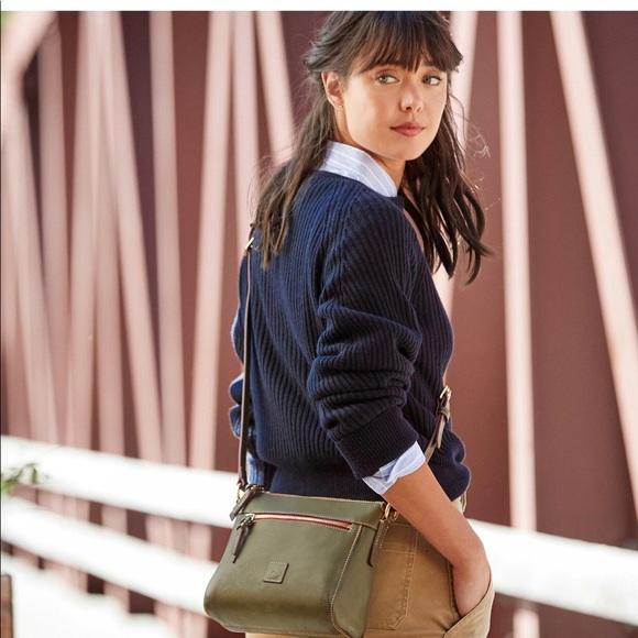 Dooney & Bourke Handbags - Dooney & Bourke  crossbody purse